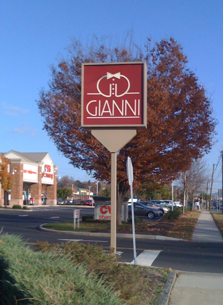 Gianni logo by Paul Kraml